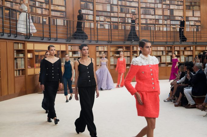 Haute Couture Week: Virginie Viard throws open the doors to the Chanel library