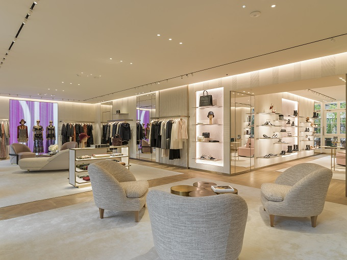 Dior presenta nuova Boutique - Champs-Elysées FASHIONPRESS.IT