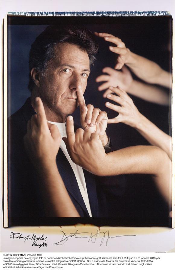 RITRATTI (Opere uniche) - 300 Polaroid raccontano i protagonisti della Biennale Cinema (1996 – 2004)