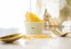 Milano Fashion Week 2019, GUSTO 17 si veste d'oro ecelebra il giallo Versace