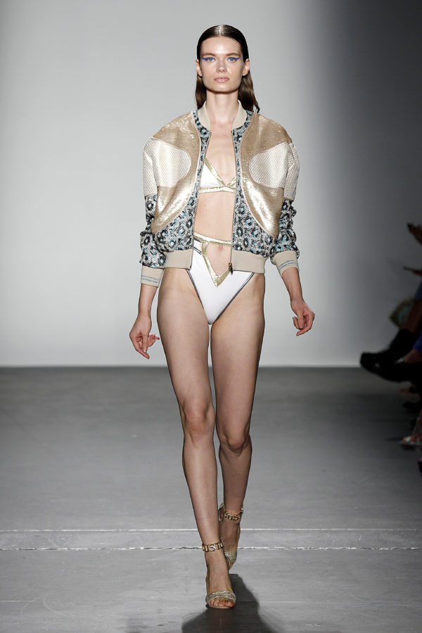 quality design 0cd63 05d7d NYFW: Custo Barcelona Spring Summer 2020 Collection Wet Paint