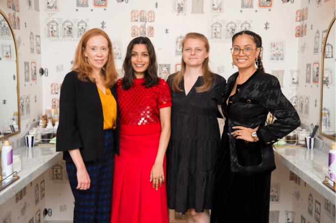 Clarks con Freida Pinto & Girl Risingpercelebrare l'International Day of The Girl