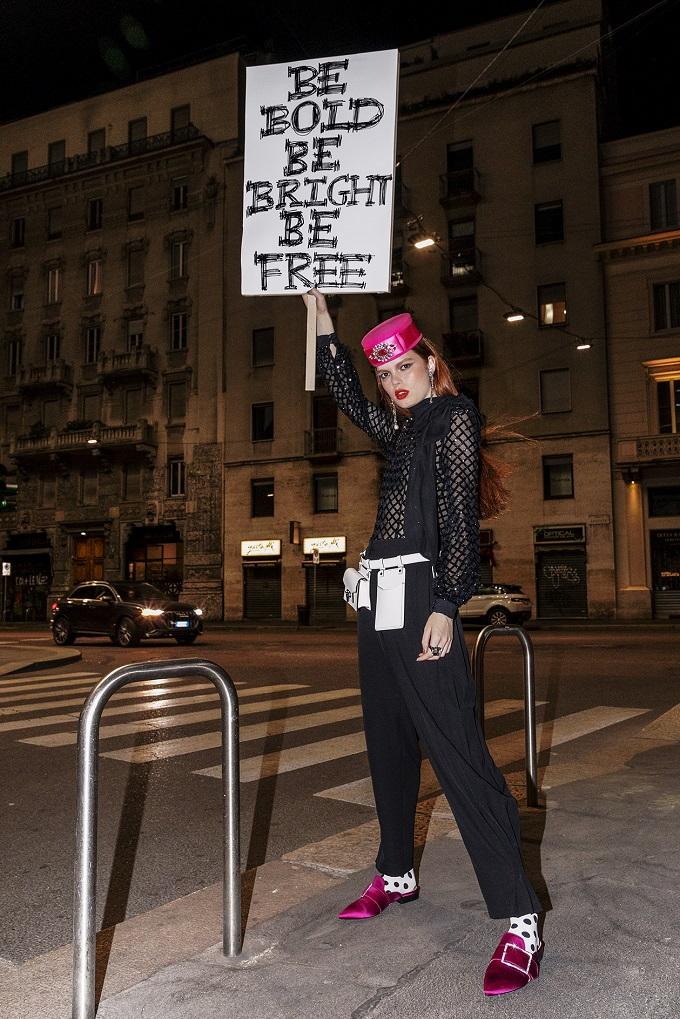 Women are strong! by Domennico Donadio