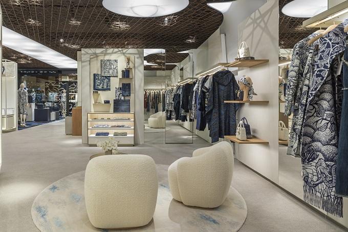 Dior presents itsPop-Up Store at Cortina d'Ampezzo