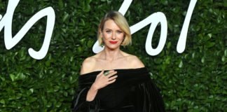 Naomi Watts Glam Up for Fashion Awards 2019!
