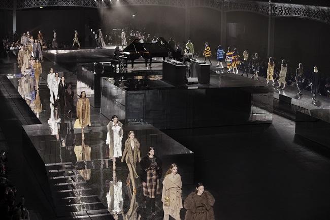 "Burberry ""Memories"" Fall Winter 20 London Fashion Week"