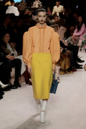 Fendi FW20 celebrates the scope of feminine strength fashionpress.it