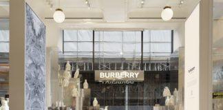 Burberry Opens Selfridges Corner Shop Pop-Up | Fashionpress.it