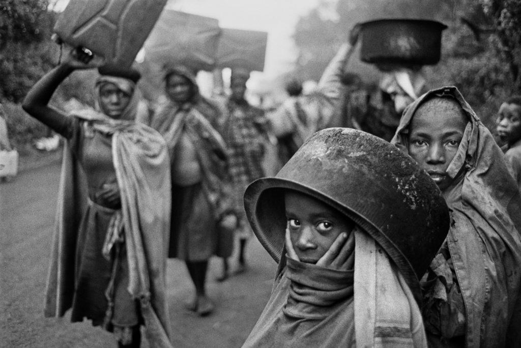 SEBASTIÃO SALGADO. Exodus. In cammino sulle strade delle migrazioni
