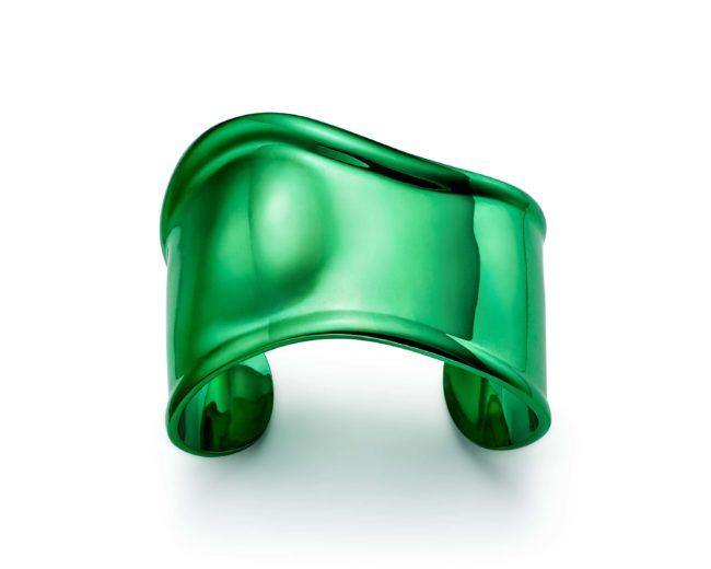 Tiffany & Co.presenta un'edizione speciale del bracciale Bone di Elsa Perretti