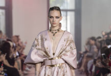 Parigi digital Fashion Week Couture & Haute Couture