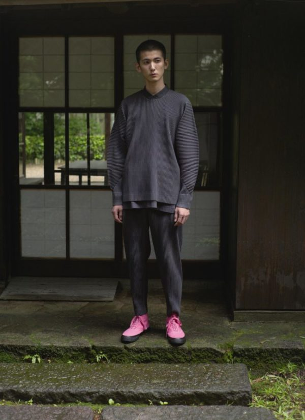 HOMME PLISSE' ISSEY MIYAKE Progetto Sneakers con WAKOUWA