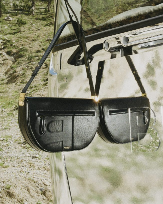 Burberry presenta la borsa Olympia