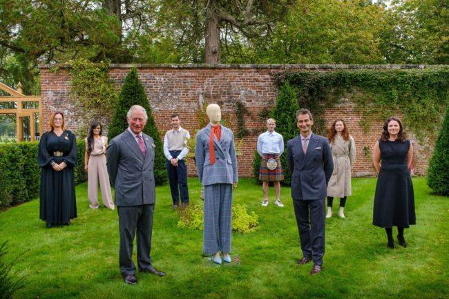 Yoox collabora con il Principe Carlo per una collezione sostenibile