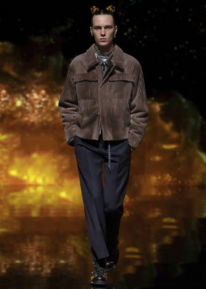 Kim Jones Teams Up withKenny Scharf forDior Pre-Fall Collection