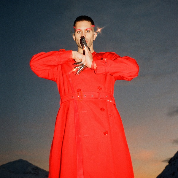 Mahmood wearing Burberry in 'Inuyasha' Music Video released February 2021