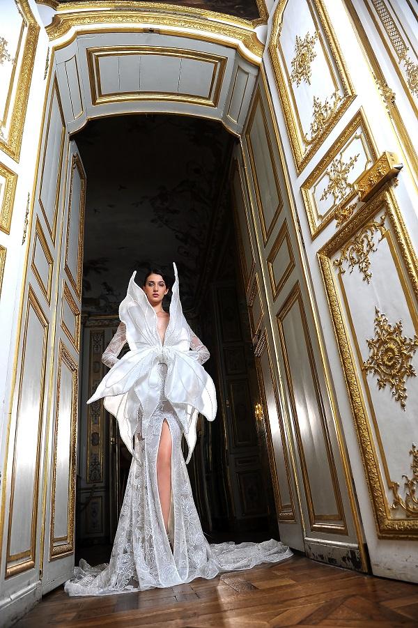 La Métamorphose Couture Fall Winter2021 2022 Collection