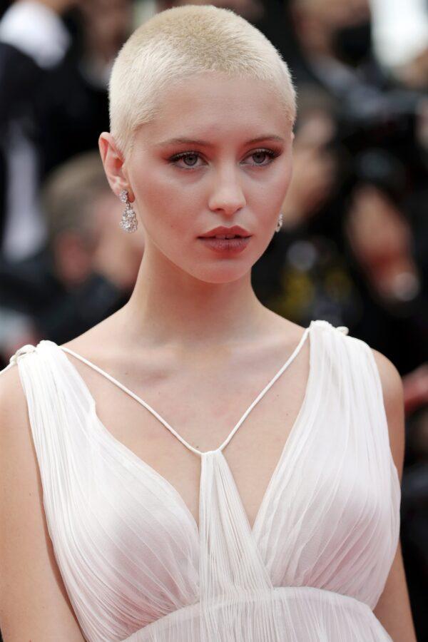 Dior Cannes:Iris Law in Dior by Maria Grazia Chiuri