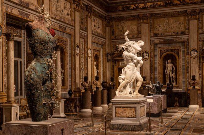 La mostra diDamien Hirst alla Galleria Borghese