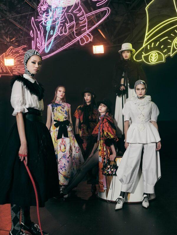 Shiatzy Chen 2022 Spring-Summer Collection: Circus